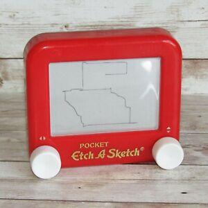 Pocket Etch-a-Sketch   Mini Travel Hand Held Edition 2005 Mattel Retro