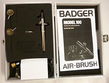 Badger Airbrush Set Fine & Medium Head & Side Feed 1004