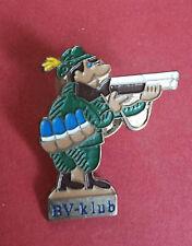 R* HUNGARY HUNTER BADGE PIN BV-KLUB VF/XF DETAILS