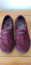 SKECHERS BURGUNDY SUEDE SHOES SIZE 3.5. EX CON.