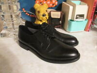 Vagabond x Urban Outfitters black leather lace up oxfords EU 39 US 9