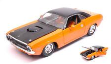 Dodge Challenger R/t 1970 Orange / Black 1:24 Model MAISTO
