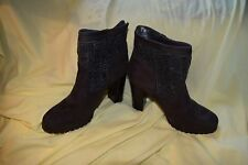 New Size 6.5 Juicy Couture Cable Knit Women Lupia 6-1/2 Ankle Boots Grey $89.99