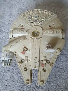 Kenner Star Wars Millenium Falcon - Missing a few parts but in good condition