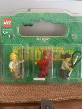 2016 Lego Store Grand Opening San Diego, CA  Minifigures #30 of 400 NEW