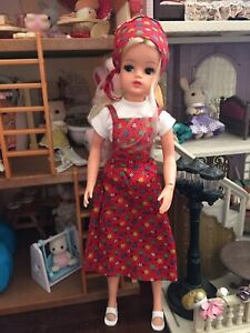 Vintage Pedigree Sindy doll Sad Face Active Body Dressed