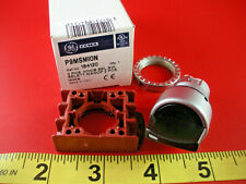 GE P9MSMI0N Selector Switch 2 Position Maintained Black Knob P9MSMION 184120 New