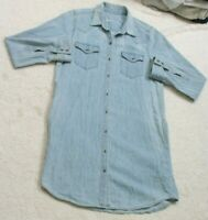 Gap 1969 Blue Denim Woman's Small Long Sleeve Cotton Dress Shirt Top Two Pocket
