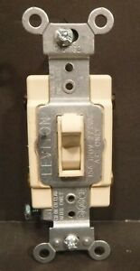 Leviton #012762  15A-120V-277VAC AC Only Toggle Light Switches Spec Grade New