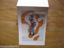 carte postale Postcard fantaisie en tissu batik AFRIQUE AFRICA femme bebe cruche