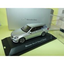 MERCEDES CLASSE E BREAK S212 AVANTGARDE Gris KYOSHO 1:43