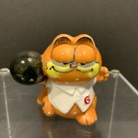 Vintage Enesco Ceramic Garfield Cat Bowling Figurine 1981