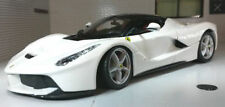 Véhicules miniatures rouges en plastique pour Ferrari