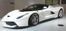 Véhicules miniatures en plastique Bburago pour Ferrari