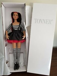 "Tonner Tweedle DeDe Re-imagination Alice in Wonderland 16"" Fashion Doll in Box"