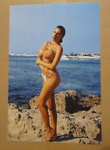Sarah Young - Foto ca. 20x30 cm - mega sexy & erotisch - Pornodarstellerin (SY1)