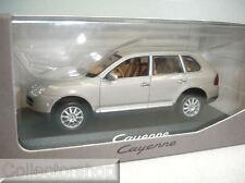 Minichamps : Porsche Cayenne 2002 Silver wapc2000513