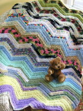 CROCHET chevron shabby HANDMADE knit BABY AFGHAN BLANKET wrap RIPPLE BOHO stash