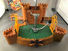 2002 Mattel Harry Potter Quidditch Stadium motorized playset, works, no figures