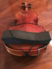 The HAN Foam Shoulder Rest-Violin-4/4 & Viola up to 16""