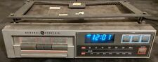 GE 7-4265A Under-Cabinet Cassette Tape Player / AM-FM Clock Radio. (WORKS GREAT)