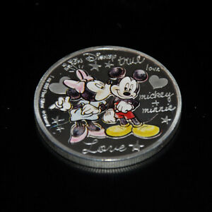 Mickey Minnie Mouse in Love Collectable Coin Silver Plated Gift Valentine