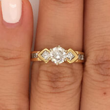 1.11ct Round Brilliant Cut and Princess Cut Diamond Ring in 14k Yellow Gold