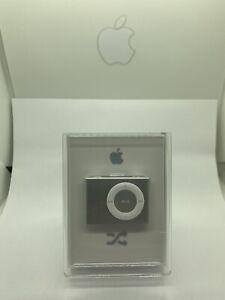 Apple iPod Shuffle 2. Generation Silver 2GB Sealed New RAR