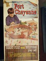 VINTAGE BRUMBERGER FORT CHEYENNE NUMBER 848 WESTERN PLAYSET