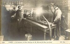CARTE POSTALE PARIS LA SORBONNE LE FOUR ELECTRIQUE DE M.MOISSAN FOUR EN ACTION