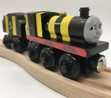 Thomas Wooden Railway Busy As A Bee James 2003 Vintage Engine Tender Train Set