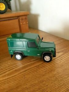 TEAMA - LAND ROVER DEFENDER 90 - GREEN - TOY