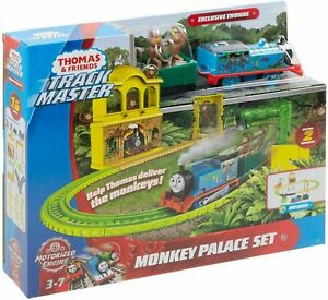 New THOMAS AND FRIENDS MONKEY PALACE SET- TRACK MASTER- MOTORIZED ENGINE!