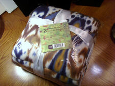 "NEW 2 pc.FLEECE THROW SET~BLUE~BROWN~WHITE IKAT PATTERN & SOLID BROWN~48"" X 58"""