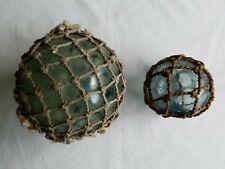"""VINTAGE ROUND GLASS FLOATS W/NETTING BLUE GREEN 3"""" 4.5"""" OIL NETTED SEA SURVIVOR"""