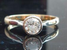 Stunning 9ct Gold Platinum 0.50ct High Quality Collet set diamond ring AG3