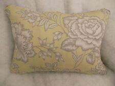 """BOTANIQUE ROSE par John Lewis COUSSIN RECTANGULAIRE 20 """" x 14 """"( 51 cm x 36 cm)"""