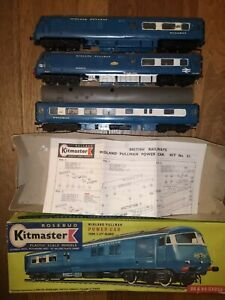 Kitmaster Blue Midland Pullman pair of Power Cars & Kitchen Car as seen