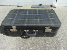 ancienne valise vintage 50/60 tissu écossais idéal déco cinéma, théâtre etc..