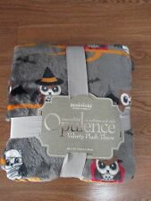 """NWT """"OWLS in Halloween Costumes"""" Velvety Soft Blanket, Throw-Mummy, Witch, Cute!"""