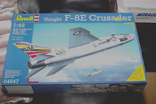 REVELL 1/8 SCALA Vought F-8E Crusader Piano Kit