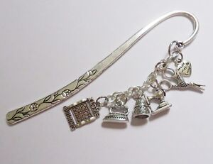 Bookmark - I Love Quilting - scissors iron thimble sewing machine - silver