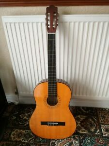 Hohner MC-05 Full Size acoustic guitar. No Reserve!