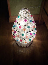 NICE VTG HAND CRAFTED SILVER SAFETY PINS CLEAR MULTI BEADED XMAS TREE DISPLAY