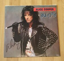 "ORIGINAL Autogramm von Alice Cooper. pers. gesammelt. VINYL 12"". ""BED OF NAILS"""