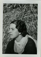 PHOTO ANCIENNE - VINTAGE SNAPSHOT - FEMME COIFFURE MODE - WOMAN FASHION HAIR 1