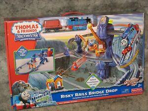 Trackmaster Risky Rails Bridge Drop NEW Thomas Tank Engine railroad train set