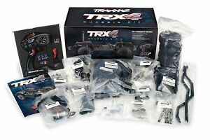 82016-4 TRX-4 Assembly Crawler Kit: 1/10 Scale 4WD Chassis.