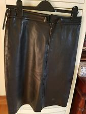 Karen millen leather skirt. lined. perfect condition. €30