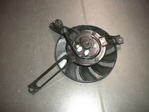 Honda CBR1000RR SC77 Kühlerventilator Kühlerlüfter klein links